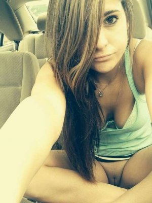 Kylianne escort girl Madison Heights, MI