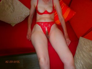 Remonde female escorts in Richmond, IN